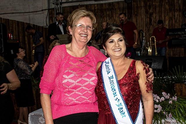 Candidata De Santa Cruz é Eleita Rainha Regional Da Terceira